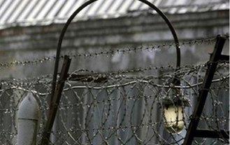 В изоляторе Харьковской области повесился арестант - фото 1