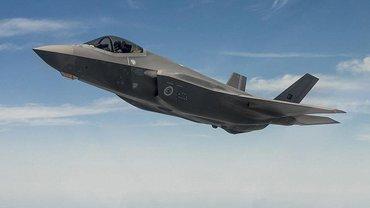 Истребитель-бомбардировщик F-35 - фото 1