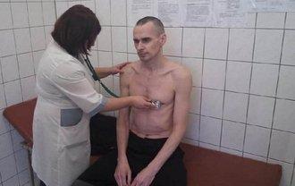 МИД Украины не доверяет результатам медосмотра - фото 1