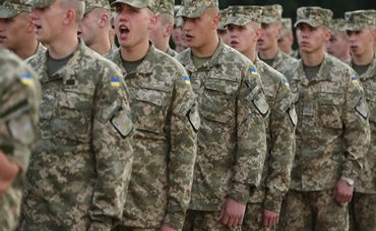 Минобороны планирует призвать в войска 17 960 человек - фото 1