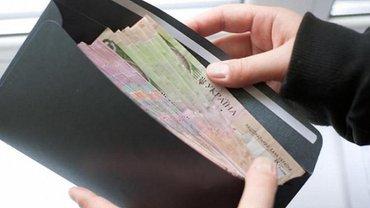 Сколько работающих в Украине получает зарплату в конвертах - фото 1