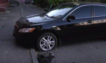 В 20 метрах от школы нашли заминированный автомобиль - фото 1