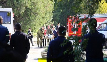 Число пострадавших во время теракта в Керчи увеличилось до 73 человек - фото 1