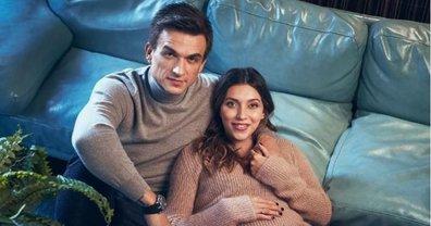 Регина Тодоренко и Влад Топалов снялись в фотосессии - фото 1