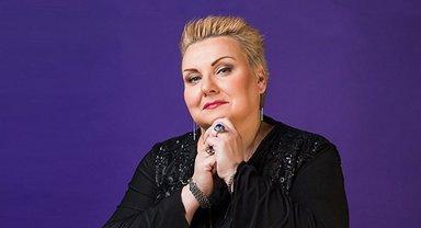 Преступники просят перевести средства якобы на счет родственников Марины Поплавской - фото 1
