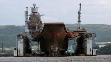 Под Мурманском ушел под воду гигантский плавдок - фото 1