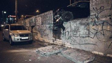 ДТП на Шулявском мосту: в больнице умер пострадавший - фото 1