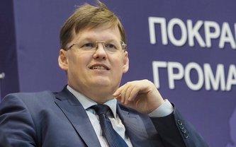 Павел Розенко закрутил роман с известной телеведущей - фото 1