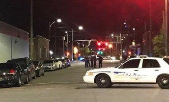 В черную пятницу американские полицейские застрелили в ТЦ невиновного человека - фото 1