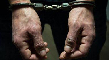 Убийцу ищут полицейские, хотя могли бы и не отпускать - фото 1