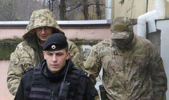 Почти все украинские моряки считают себя военнопленными - фото 1