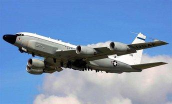 Россияне перехватили американский самолет - фото 1