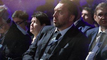 Не обошлось без Дерипаски: известна личность российского сообщника Манафорта - фото 1