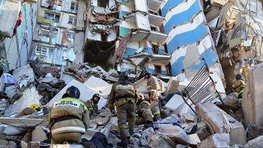Из под завалов в Магнитогорске спасали не только взрослых, но и младенцев в пеленках - фото 1