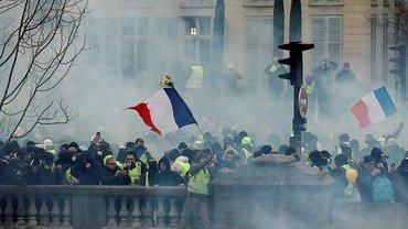 Известно, количество людей, которые ответят за протесты желтых жилетов - фото 1