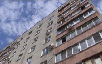 В Харьковской области отец скинул сына с 4-го этажа - фото 1