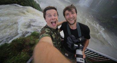 Дмитрий Комаров едва не утонул в водах Бразилии - фото 1