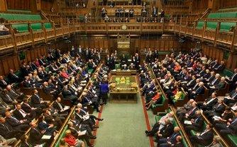 Парламент Великобритании может проголосовать за военное положение после Brexit - фото 1
