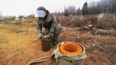 Найденную на Троещине мину взорвали на полигоне - фото 1