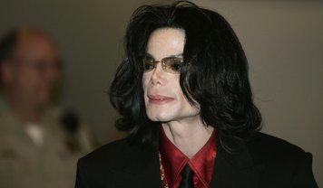 Жертва Майкла Джексона рассказал об отношениях со звездой - фото 1