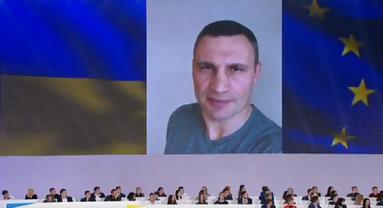 Кличко доказал свою верность Порошенко - фото 1
