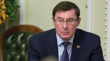 Нападение на отделение полиции в Киеве: ГПУ готовит подозрение тому, кто бил лежащего - фото 1