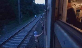 Хулигану, который остановил поезд, дали два года условно - фото 1