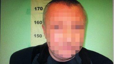 В метро Киева поймали развращавшего 12-летнюю девочку - фото 1