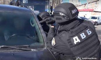 Полицейские упаковали полковника, который организовал отличный бизнес - фото 1