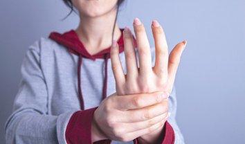 Подагра у женщин и мужчин в Украине: симптомы, профилактика, лечение - фото 1