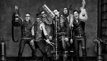 """Rammstein показали полную версию скандального клипа на трек """"Deutschland""""  - фото 1"""
