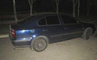 Полицейские ищут нарушителей, устроивших потасовку со стрельбой у школы в Ровно - фото 1