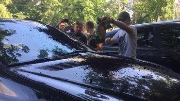 Активисты жестко наказали депутата - фото 1