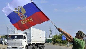 Путинские боевики начали  показательную раздачу паспортов украинцам - фото 1