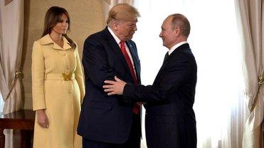 Трамп прилетел с Меланьей, Путин - с Лавровым - фото 1
