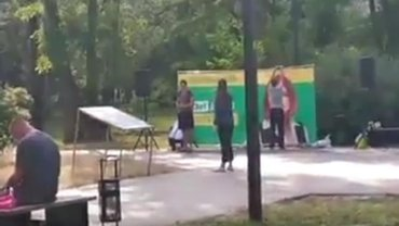 """""""Слуги народа"""" не посчитали зашкварным проводить тренинг на месте массовых расстрелов - фото 1"""