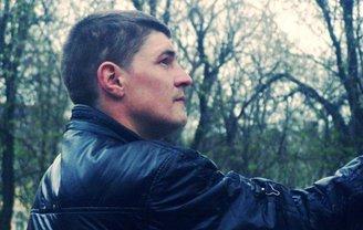 Боевик Сергей Григорьев свободно гуляет по Врадиевке - фото 1