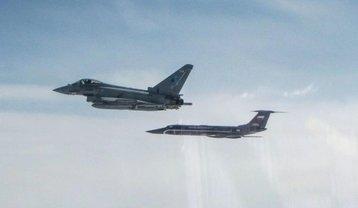 """Британские """"Тайфуны"""" перехватили пять российских самолетов за два дня - фото 1"""