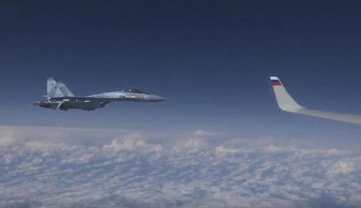 Самолет Шойгу перехватили истребители НАТО - фото 1