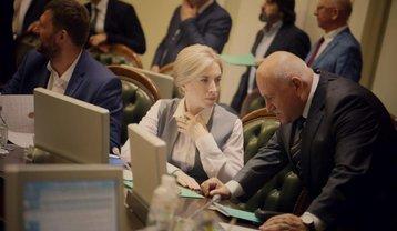 У Зеленского работают над выдачей пенсий и раздачей паспортов жителям ОРДЛО - фото 1