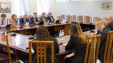 В МВФ не против выдавать Украине кредиты, но вопрос еще не решен - фото 1