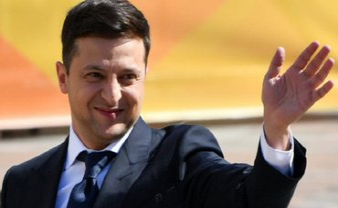 Не инопланетяне: Зеленский рассказал, кто завладеет украинской землей  - фото 1
