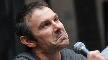Вакарчук ушел из Рады и улетел на концерт. В Минск - фото 1