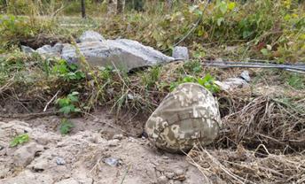 Под Хмельницком трагически погиб солдат ВСУ - ФОТО - фото 1