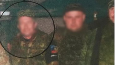 СБУшники вытащили из-за линии разграничения очередного террориста - фото 1