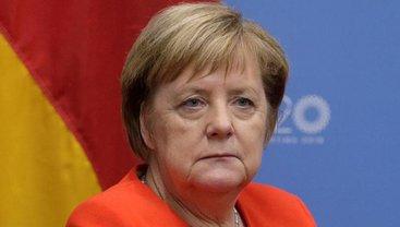 """Меркель будет счастлива после подписания """"формулы Штайнмайера"""" - фото 1"""
