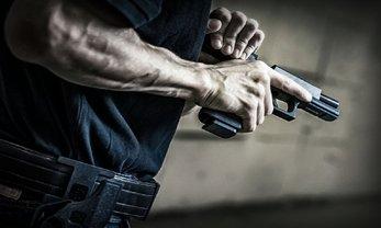 В харьковском метро полицейский устроил стрельбу  - фото 1