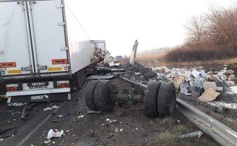 Под Уманью развалились 10 машин и автобус - фото 1