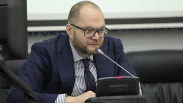 Бородянский объявил о желании ввести ответственность для блогеров - фото 1