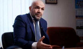 "Донаты ""Слуг народа"" ведут к Мангеру - фото 1"